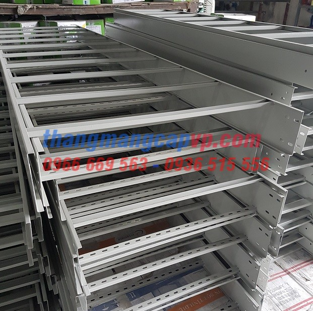 Sản xuất thang cáp 700x100, cable ladder 700x100