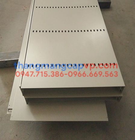 Máng cáp 700x150, cable trunking 700x150